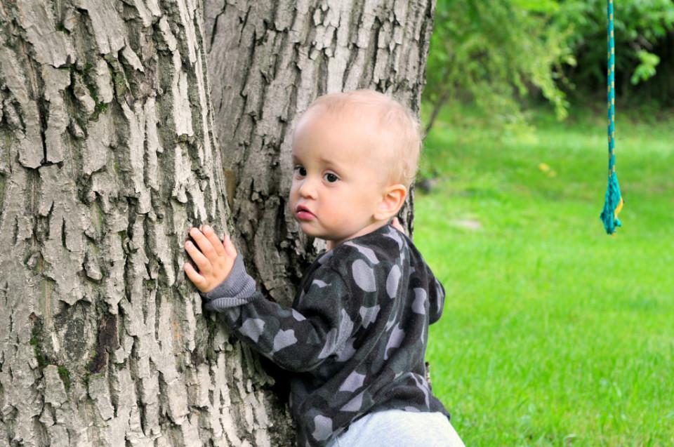 Jak przywiązuję moje dziecko do drzewa (2)