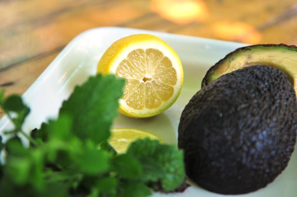 Nawilżająca maseczka z awokado (2)