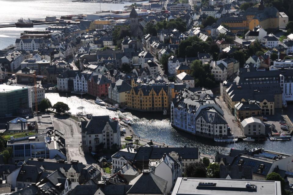 Norwegia, Aalesund, Szczesliva (23)