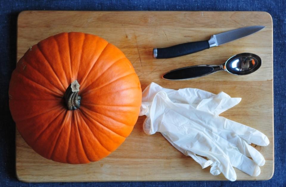 jak zrobić dynię na Halloween (2)