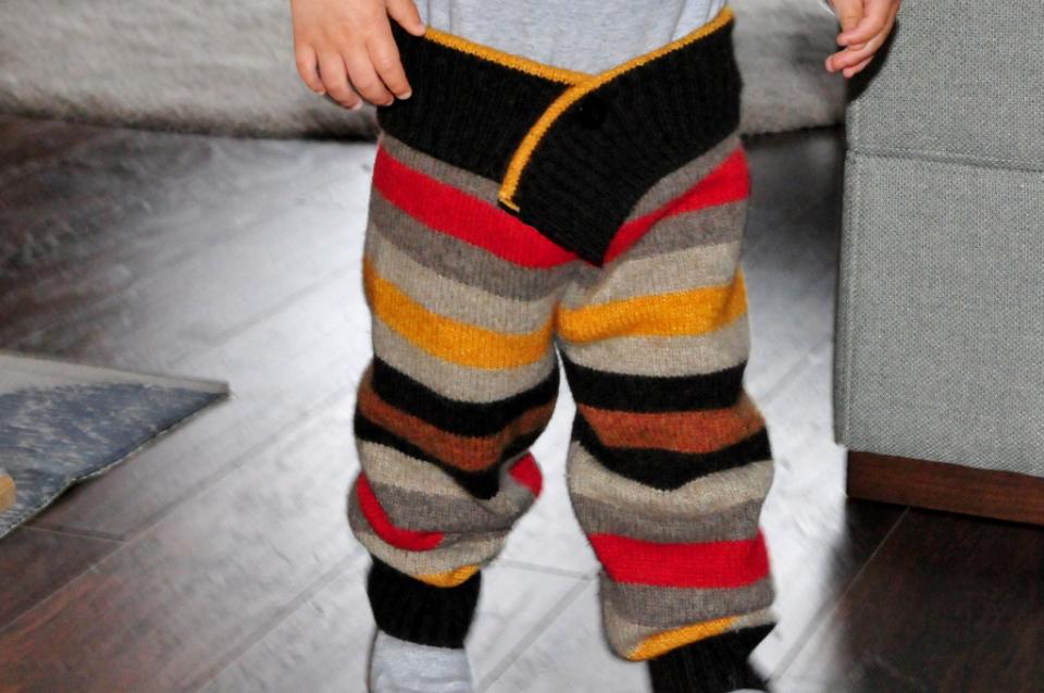 Jak ze starego swetra zrobic spo denki na zimę dla dziecka DIY