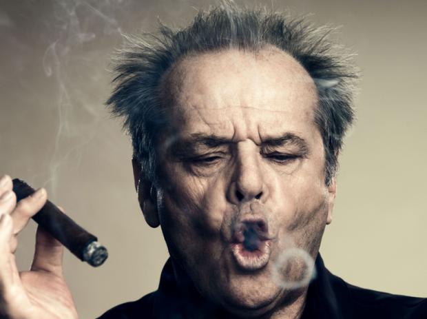 O poczciwym starszym panu z papierosem w dłoni