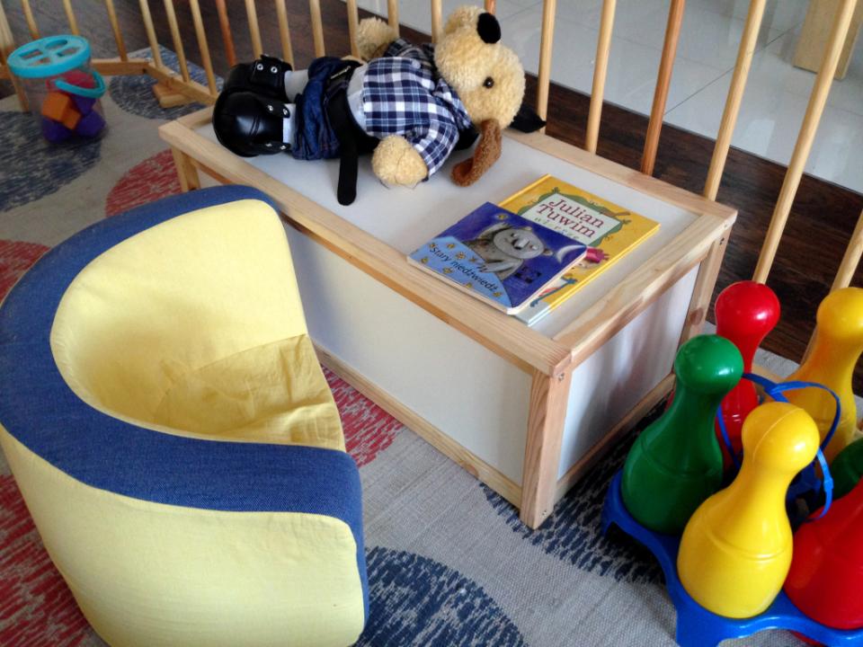 drewniany kojec dla dziecka (1)