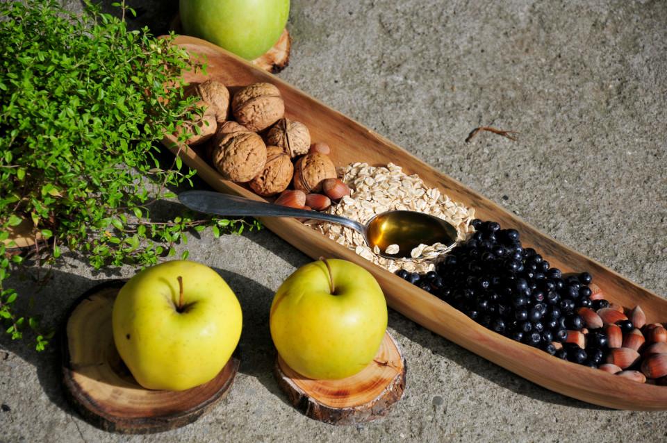 Przepis na pieczone jabłka z jagodami 5