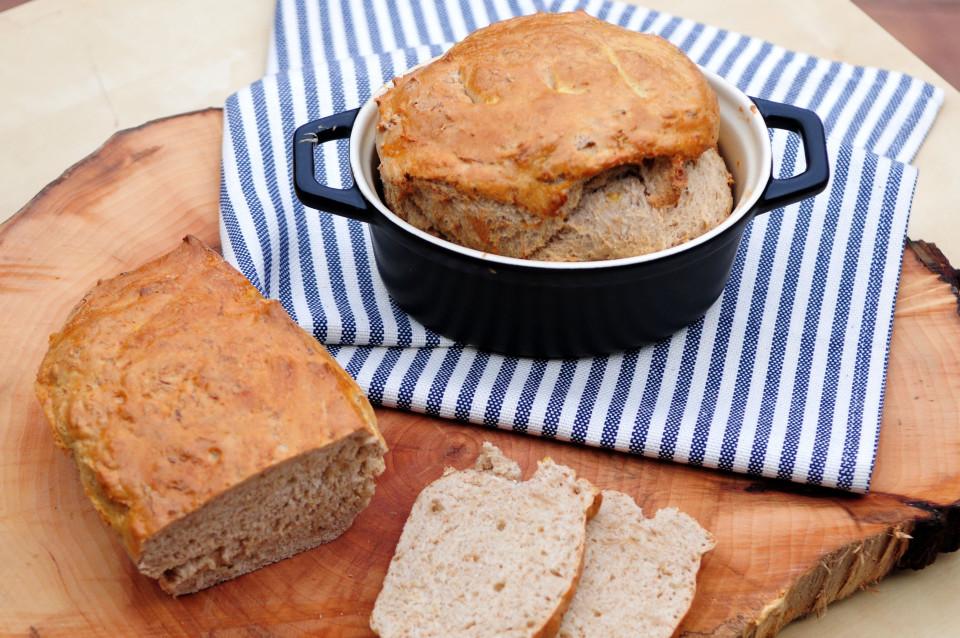 Chleb z kapustą kiszoną9